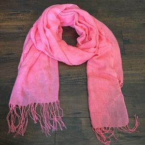 Coral/ peachy colored scarf